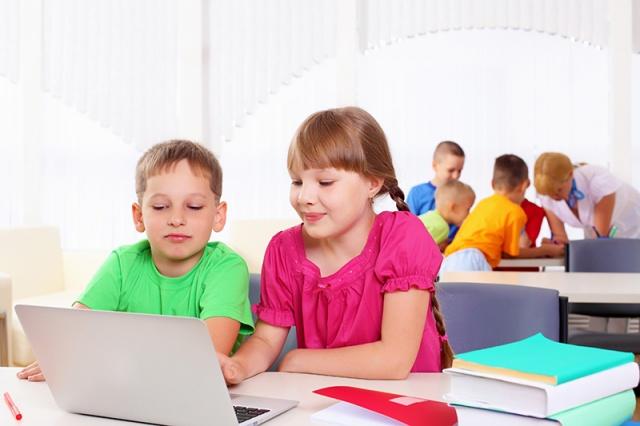 laptop-dla-dziecka